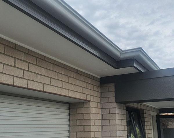gutters roof leaking
